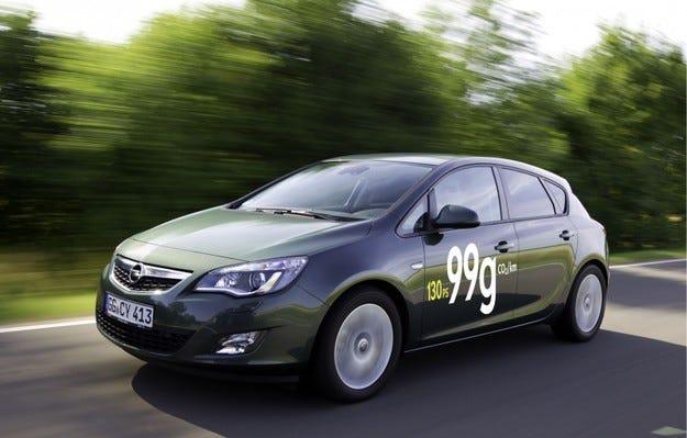 Opel Astra ecoFLEX: 17% надолу