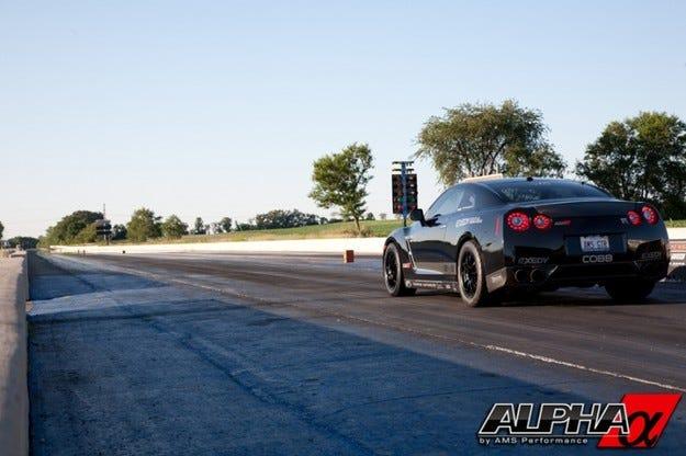AMS Alpha 12 Nissan R35 GT-R: Сила!