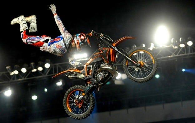 Night of The Jumps и Бойко Борисов направиха страхотно шоу в Арена Армеец