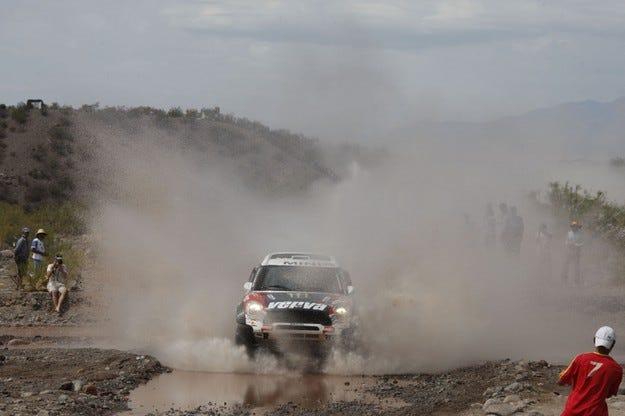 Рали Дакар: Първа етапна победа за Холовчиц