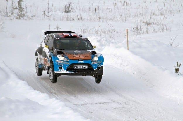 Мадс Йостберг прелетя 50 метра с автомобил