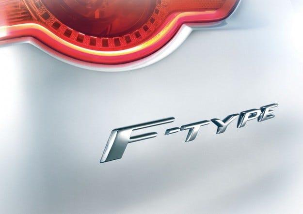 Jaguar F-Type: Пет литра, моля!