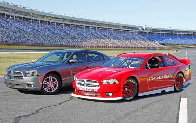 Официално: Dodge прекратява програмата си в NASCAR