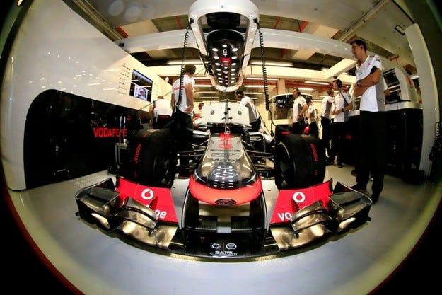 Ferrari недоволства от предното крило на McLaren