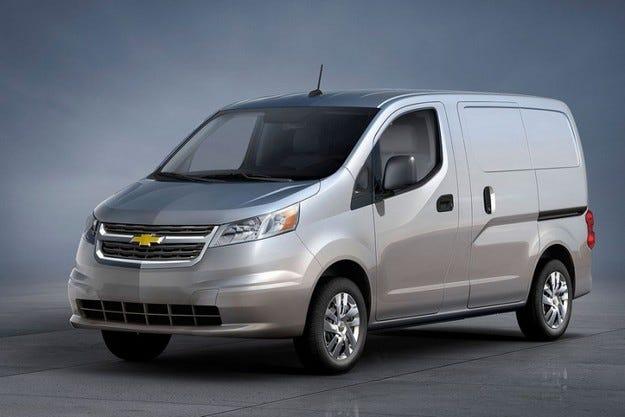 GM ще продава Nissan NV200 под марката Chevrolet
