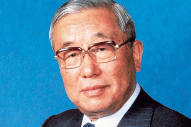 Eйджи Тойода почина на 100-годишна възраст