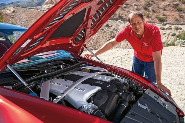 Техническото партньорство между Daimler и Aston Martin е заверено