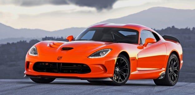 Chrysler спира временно производството на купето SRT Viper