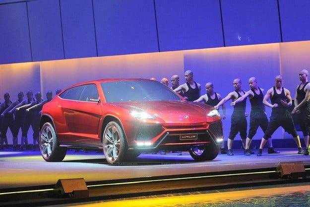 Кросоувърът на Lamborghini ще се появи след четири години