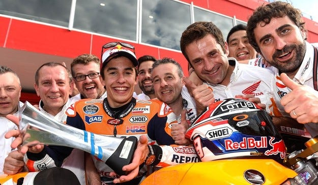 Маркес остава в Honda до 2016 година
