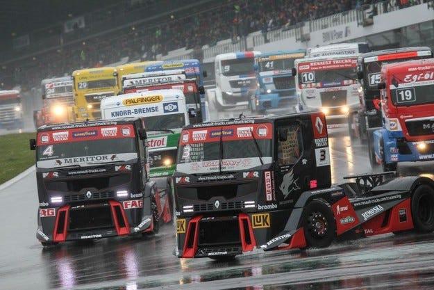 Десет години Goodyear в европейското състезание за камиони