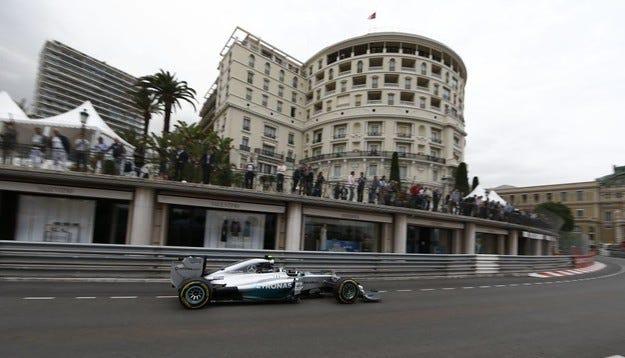 Гран при на Монако: Късмет и полпозишън за Розберг