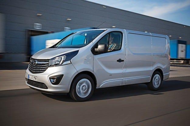 """Новият Opel Vivaro е """"Най-добър лекотоварен автомобил"""""""