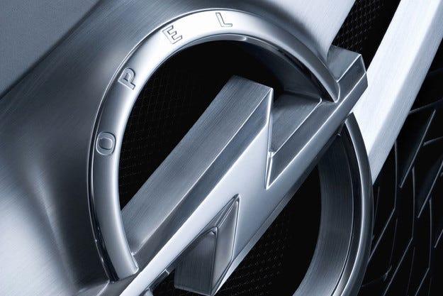 Opel прави самостоятелно изложение в София