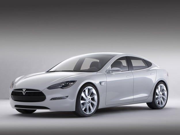 Tesla измисли име за новия си електрически седан