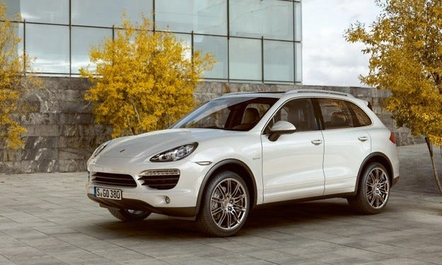Volkswagen увеличава производството на Porsche Cayenne