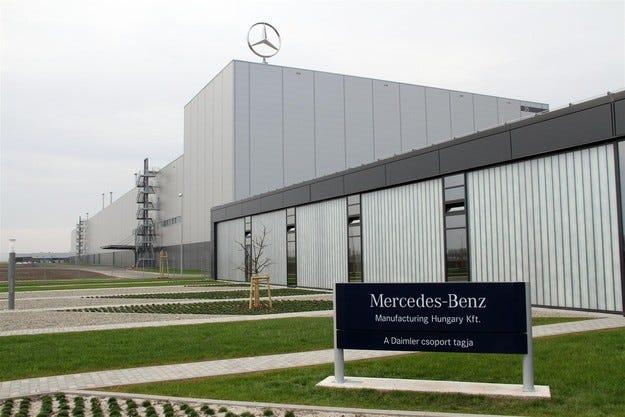 Mercedes и Audi със значителен принос в унгарската икономика