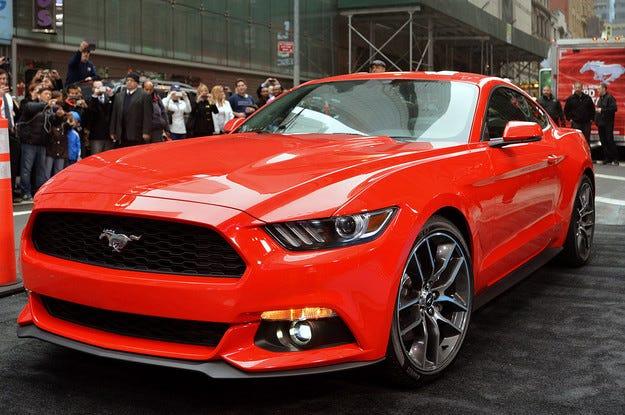 Ford започва производството на Mustang