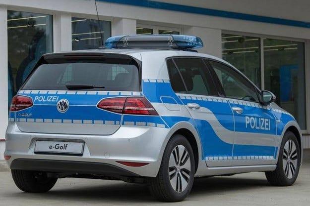 VW E-Golf вече действа като полицейски автомобил