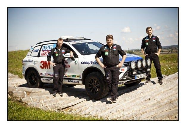 Партньори на Goodyear подобряват рекорд на три континента