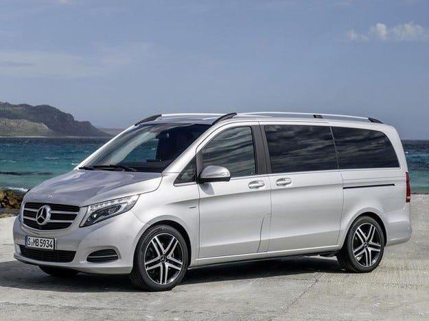 Mercedes-Benz V-класа вече има двойно предаване