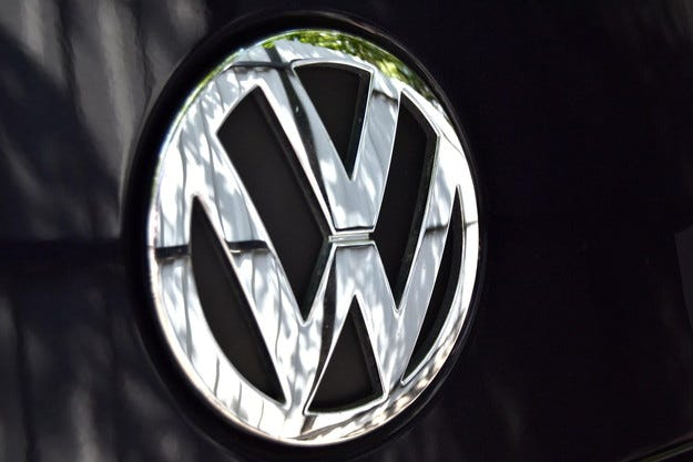 Volkswagen ще пусне луксозен седан за Китай