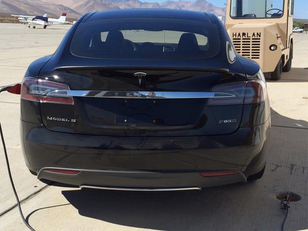 Tesla Model S ще получи нова версия