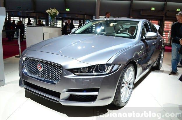 Jaguar XE ще получи и версия с двойно задвижване