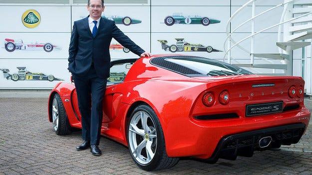 Нов модел на Lotus: Кросоувър на базата на Evora
