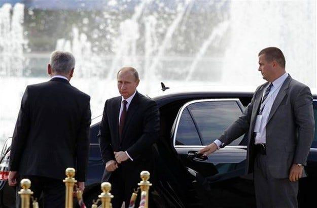 Путин се съгласи да внасят коли Fiat от Сърбия