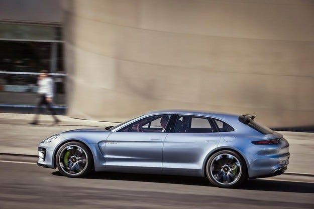 Porsche планира да пусне конкурент на Tesla Model S