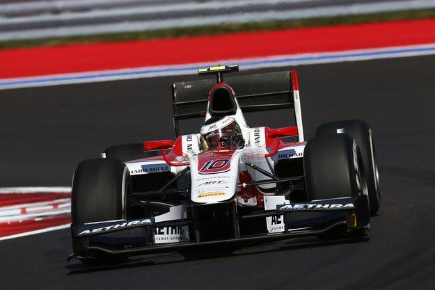 Разделят Формула 1 на два шампионата
