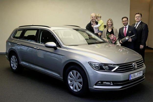 Първият нов VW Passat вече има свой собственик