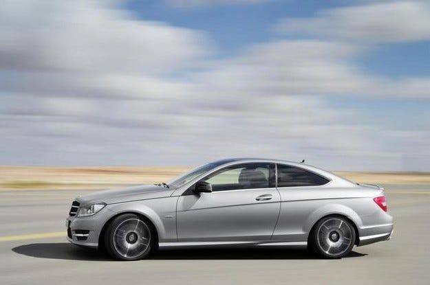 Ясна е датата на премиерата на купето Mercedes-Benz C-класа