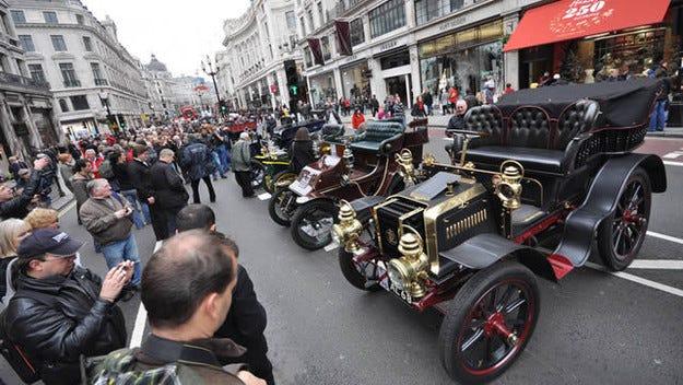 В Лондон възраждат един от най-старите автосалони в света