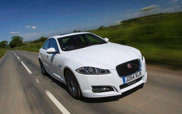 Jaguar разсекрети новия седан XF R-Sport Black