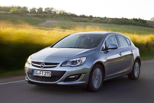 Само 94 г/км CO2: Opel Astra е по-чист и икономичен