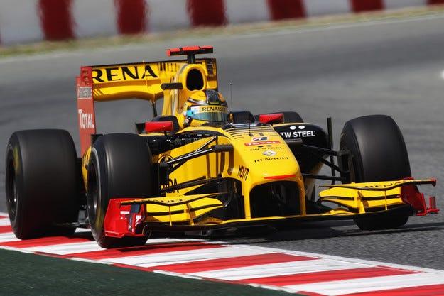 Renault се връща във Формула 1 със собствен тим?
