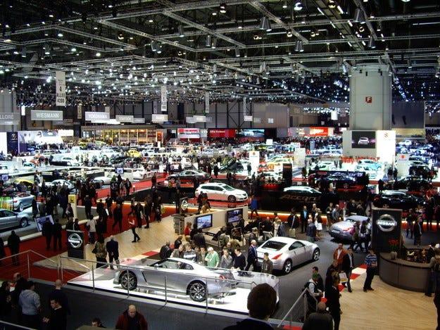 През 2014 г. в света са били продадени 87 млн. нови коли