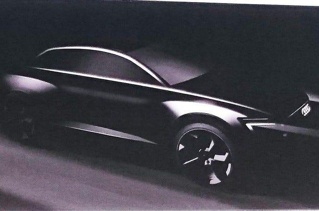 Компанията Audi показа електрическия кросоувър Q6