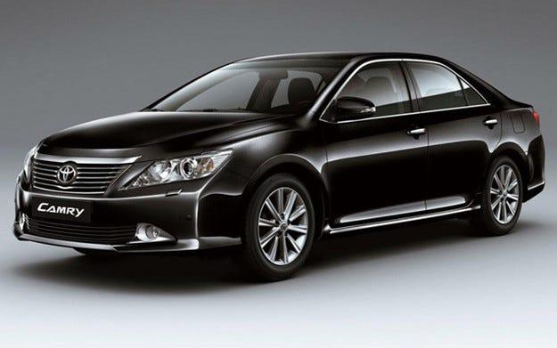 Toyota отзовава 112 000 коли за проблеми с електрониката