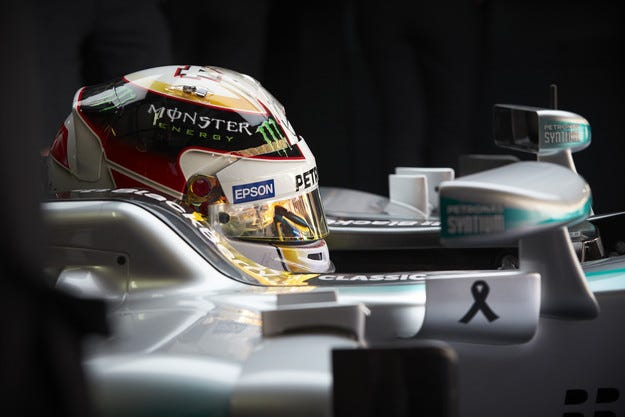 Гран при на Малайзия: Хамилтън отново ще стартира първи