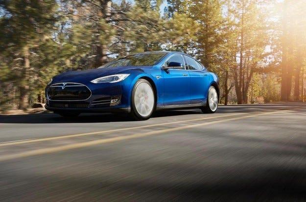 Разкриха новата базова версия на Tesla Model S