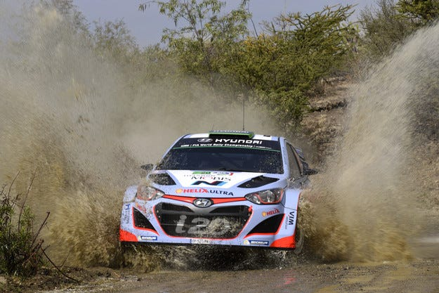 Новият Hyundai i20 WRC ще бъде готов едва догодина