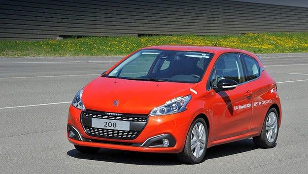 Хечбекът Peugeot 208 постави рекорд по икономичност