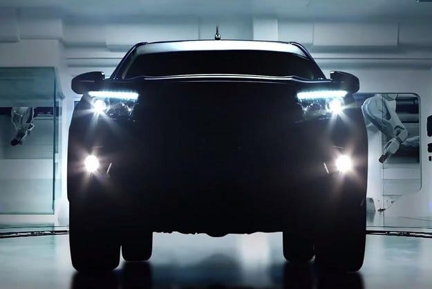 Toyota представи двигателната гама на новия пикап Hilux