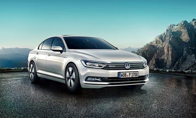 Volkswagen представи Passat с най-икономичен мотор