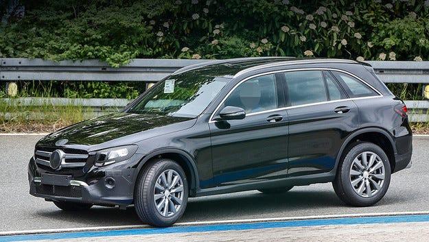 Mercedes GLC с турбо мотори и въздушно окачване