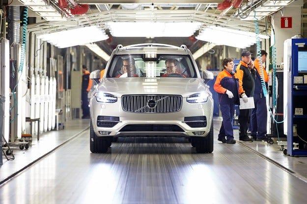 Компанията Volvo планира да сглобява автомобили в Русия