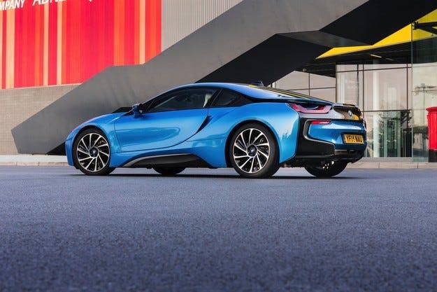 """""""Горещият"""" BMW i8 ще бъде представен през 2016 г."""